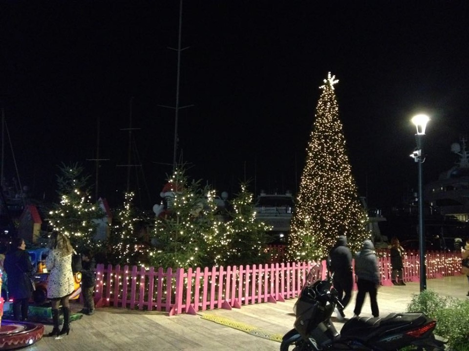 christmas village marina 1