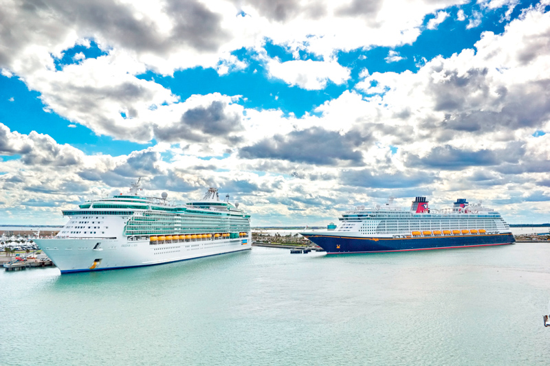 cruiseships clouds