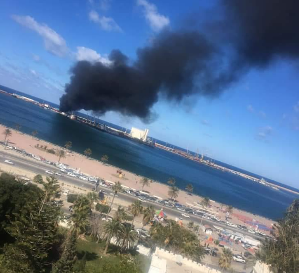 tripoli port smoke